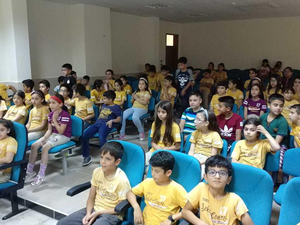 Mersin Tarsus Şehit Cemre Salih Gözen İlkokulu'nda Bilinçli ve Güvenli İnternet Semineri