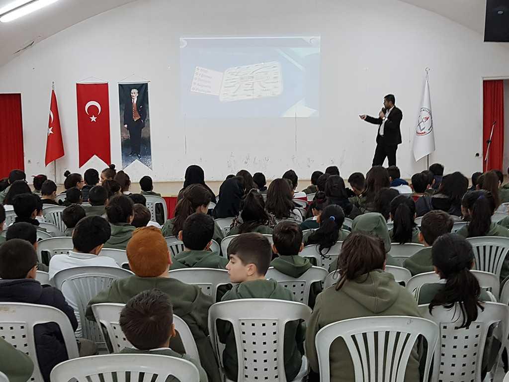 Ankara Rotary Yeşiltepe Ortaokulu Güvenli İnternet Semineri