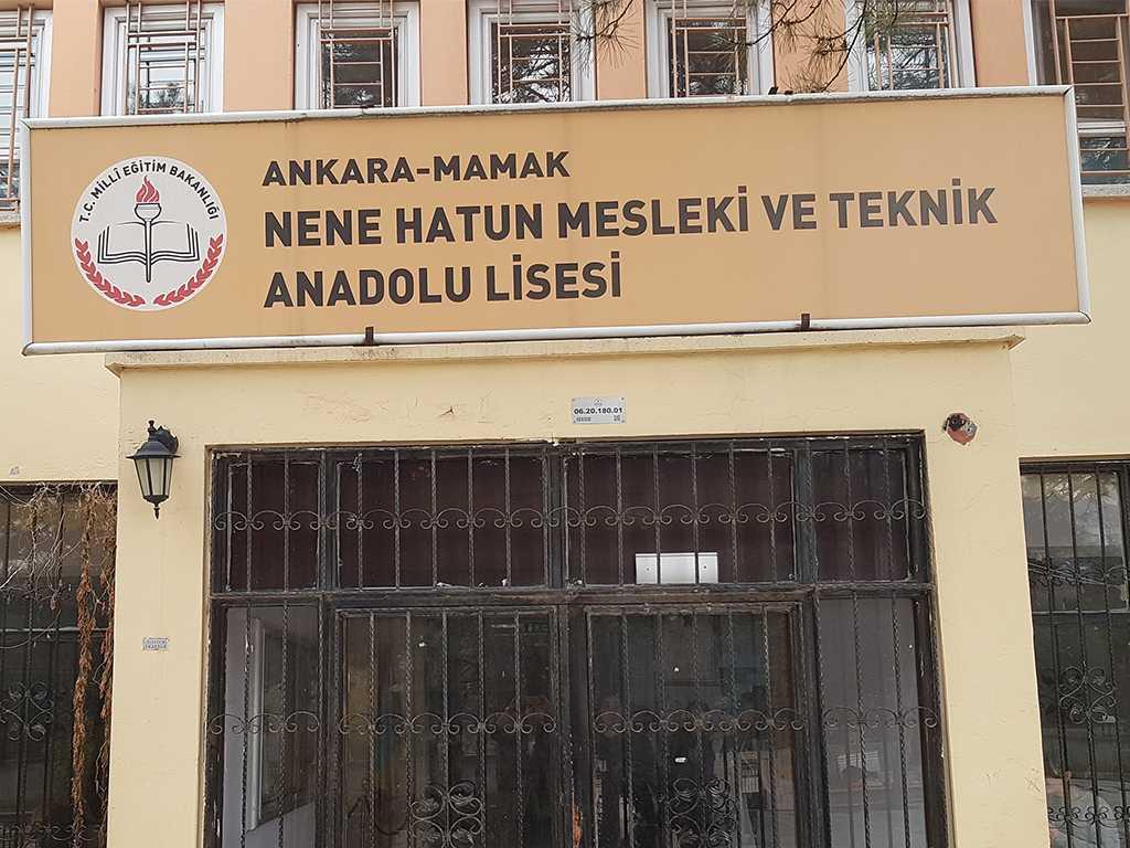 Ankara Nene Hatun Mesleki ve Teknik Anadolu Lisesi'nde Bilinçli ve Güvenli İnternet Semineri