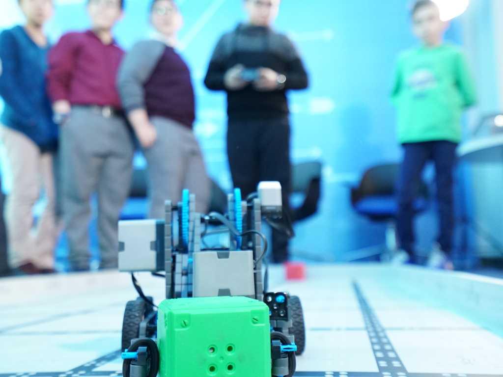 BTK Bünyesinde Robotik Kodlama Eğitimi Düzenlendi