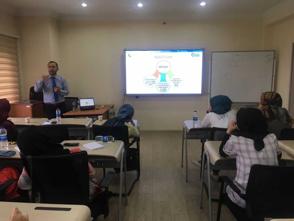 Gençlik ve Spor Bakanlığı Kamp Liderlerine Yönelik Bağımlılıkla Mücadele Formatör Eğitimi