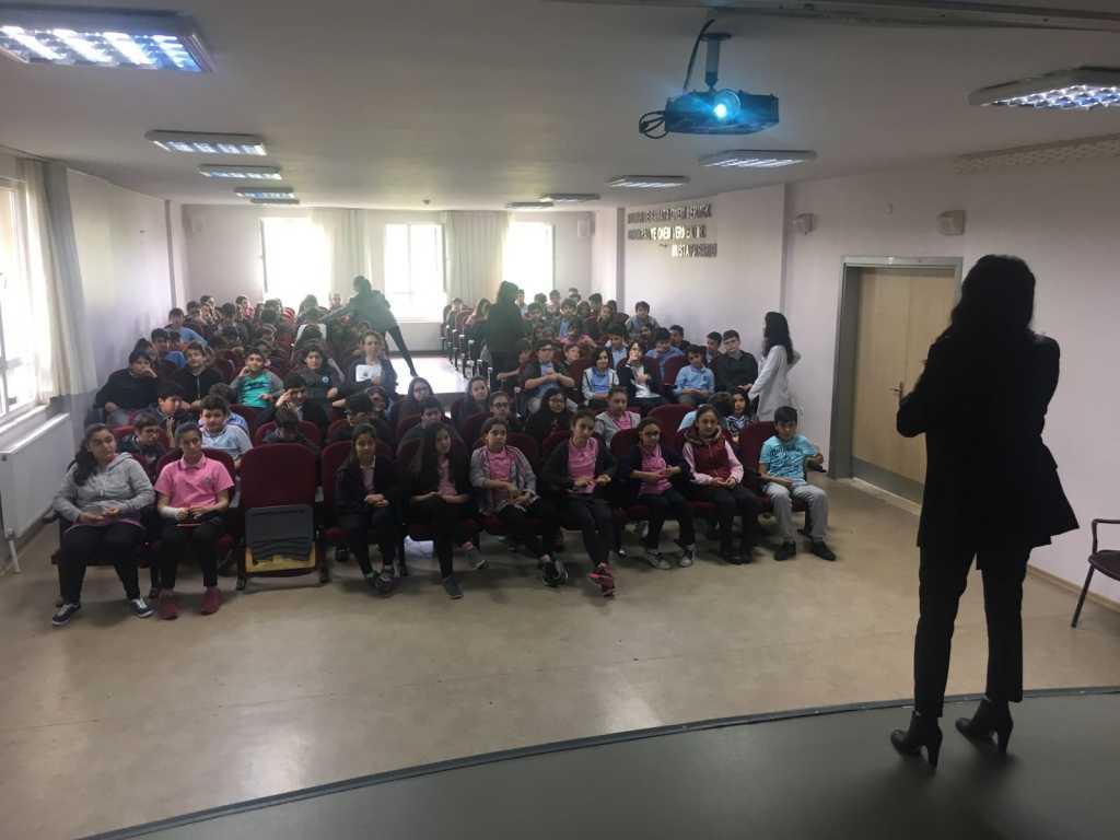 İstanbul Şişli Talat Paşa Ortaokulu Seminer