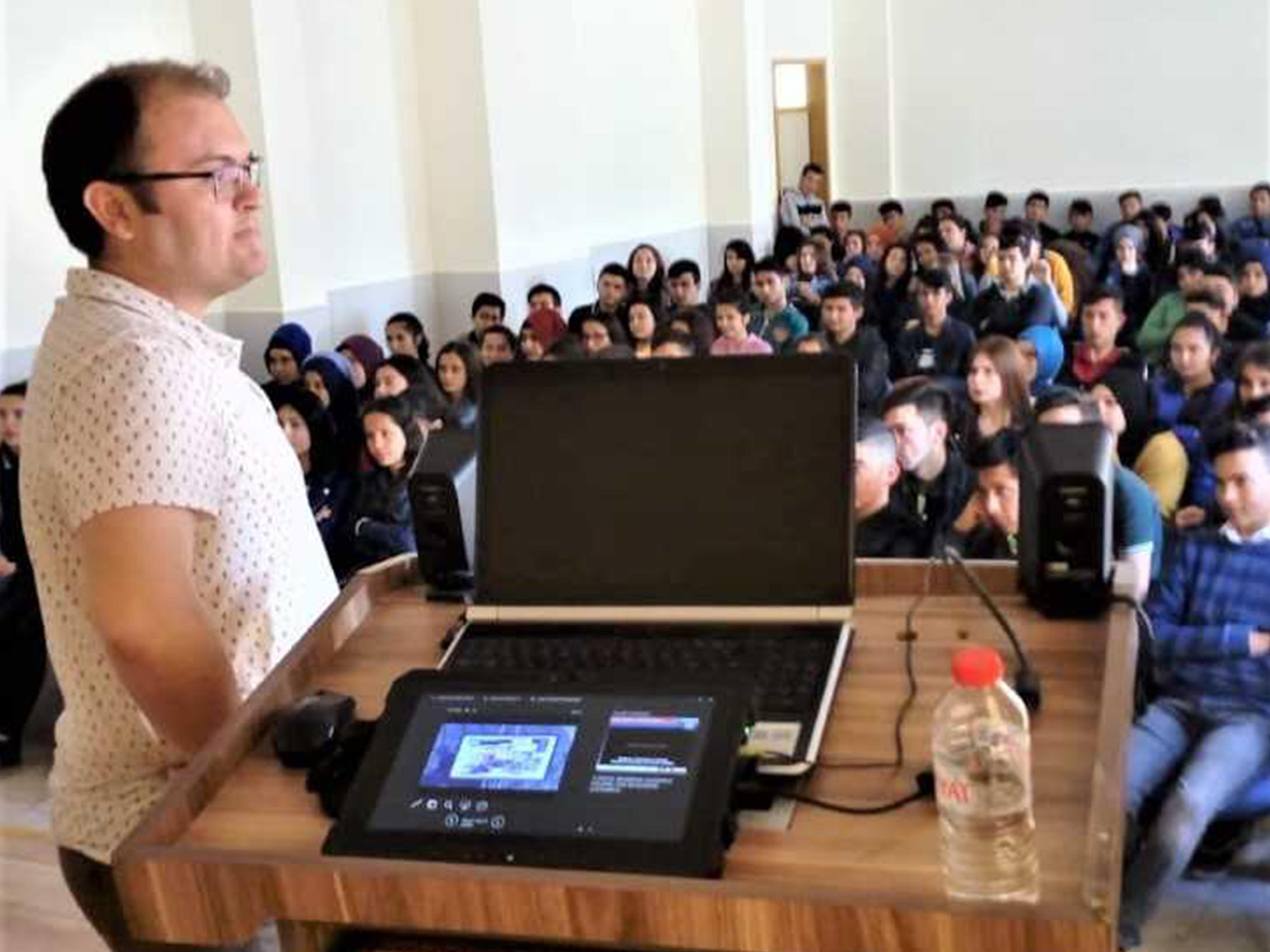 Mersin Bozyazı Mesleki Teknik ve Anadolu Lisesi, Bilinçli Ve Güvenli İnternet Semineri