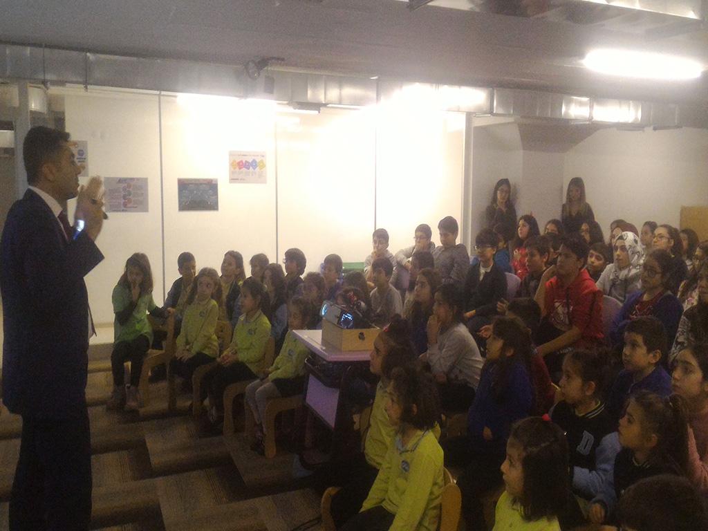 Ankara Çankaya Doku Okulları'nda Bilinçli ve Güvenli İnternet Semineri