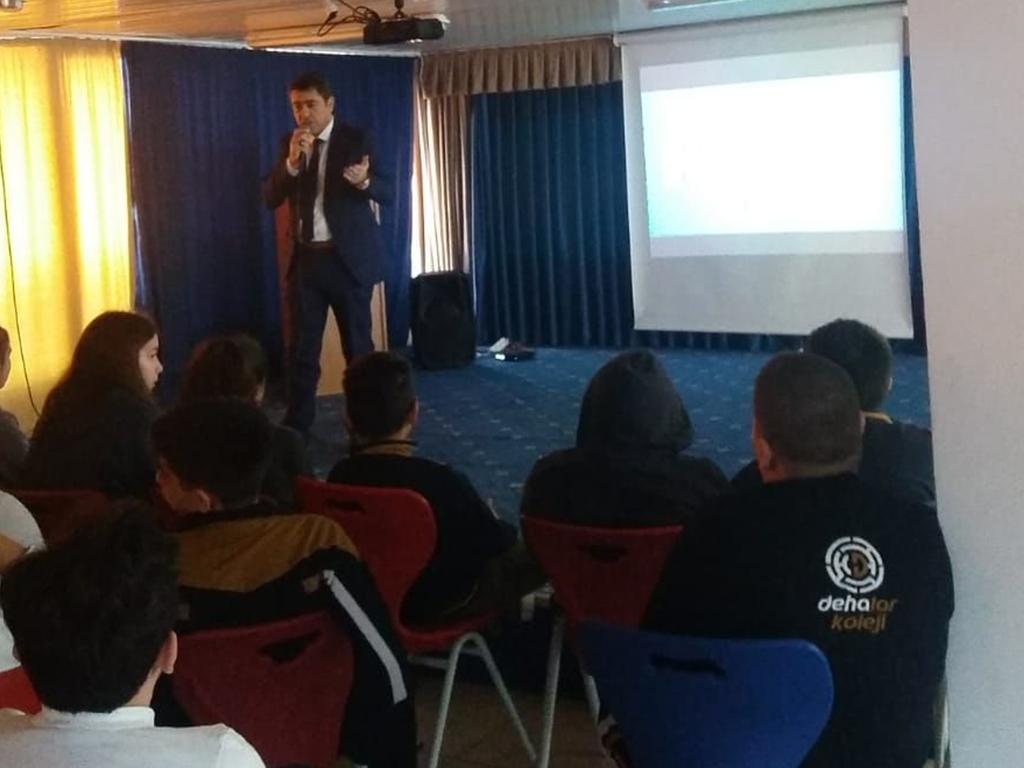 Ankara Pursaklar Dehalar Koleji Ortaokulu Öğrencilerine, Bilinçli ve Güvenli İnternet Semineri