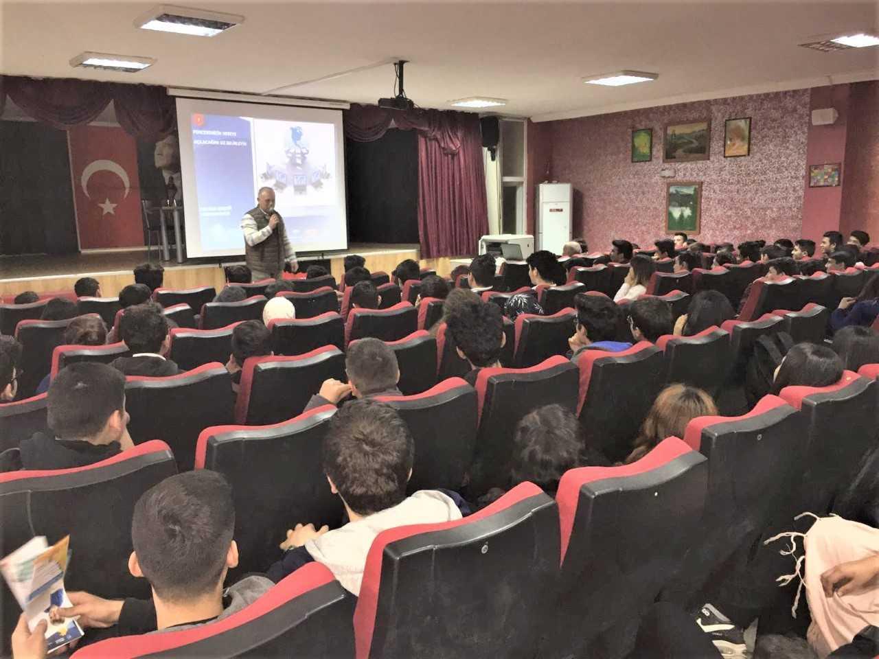 Mersin Erdemli  Akdeniz Anadolu Lisesi, Bilinçli Ve Güvenli İnternet semineri