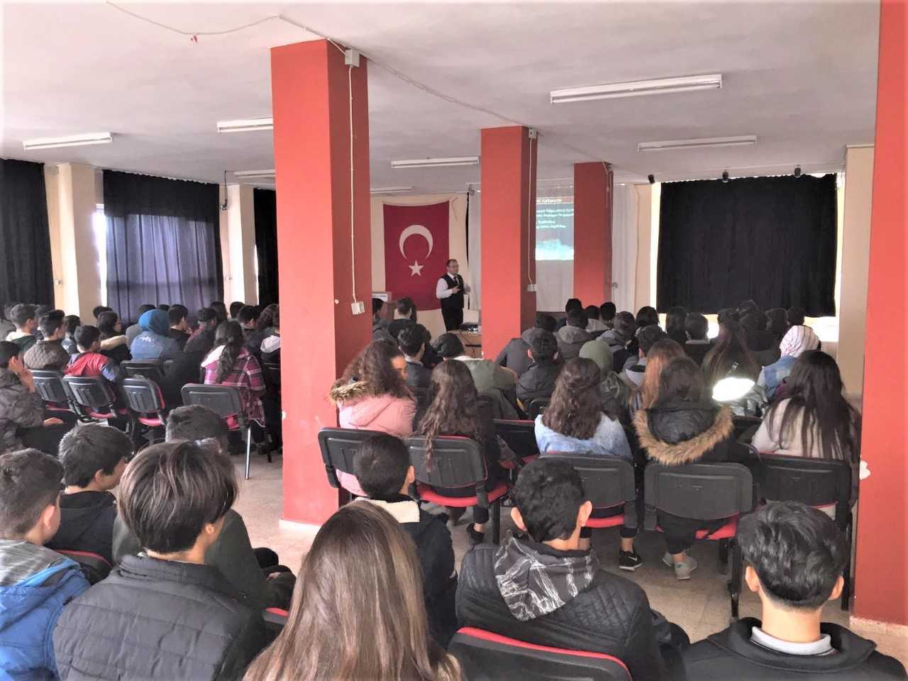 Mersin Toroslar Nihal Erdem Mesleki Ve Teknik Anadolu Lisesi, Bilinçli Ve Güvenli İnternet Semineri