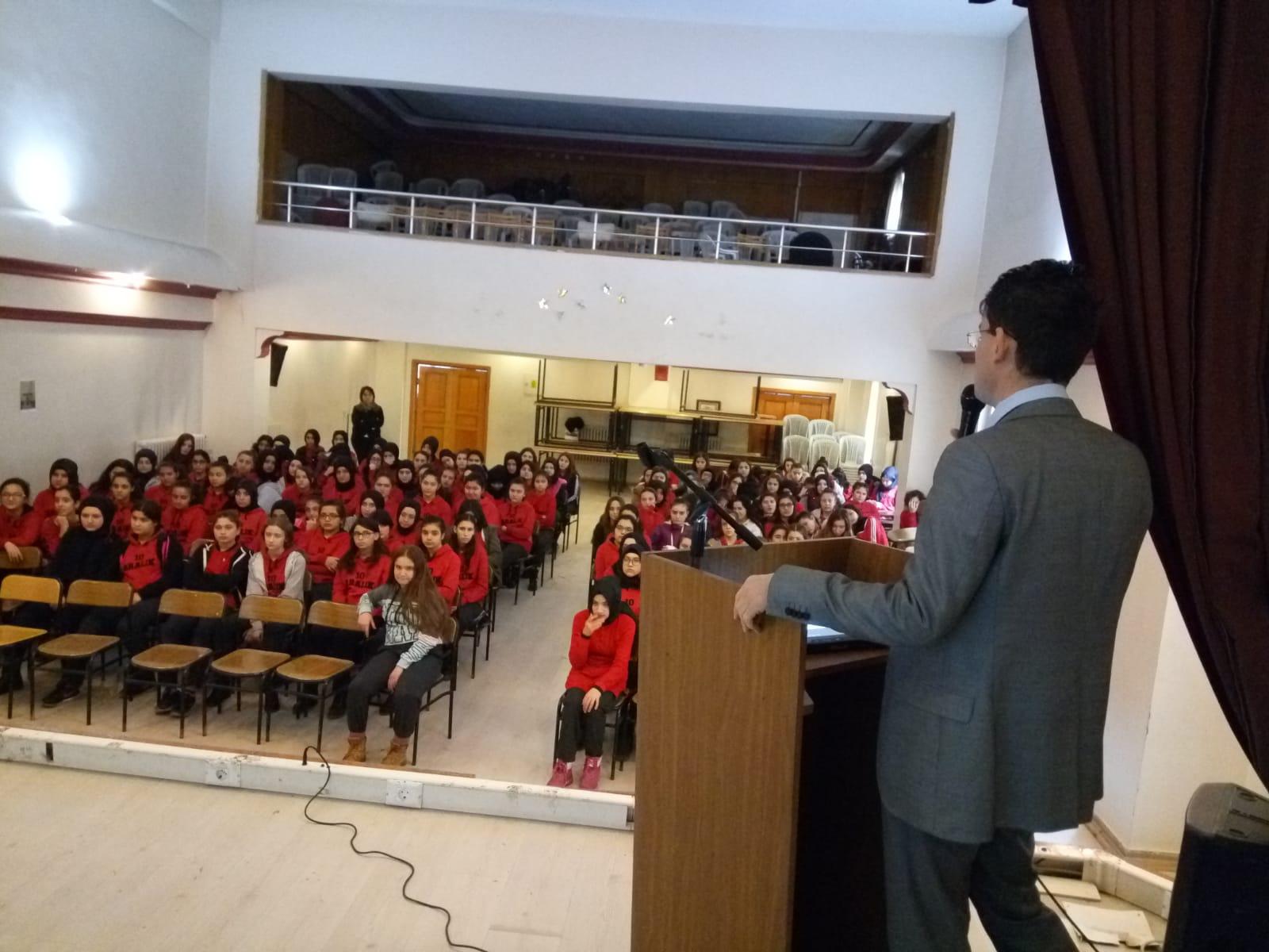 Kastamonu 10 Aralık Mesleki ve Teknik Anadolu Lisesi, Bilinçli Ve Güvenli İnternet Semineri