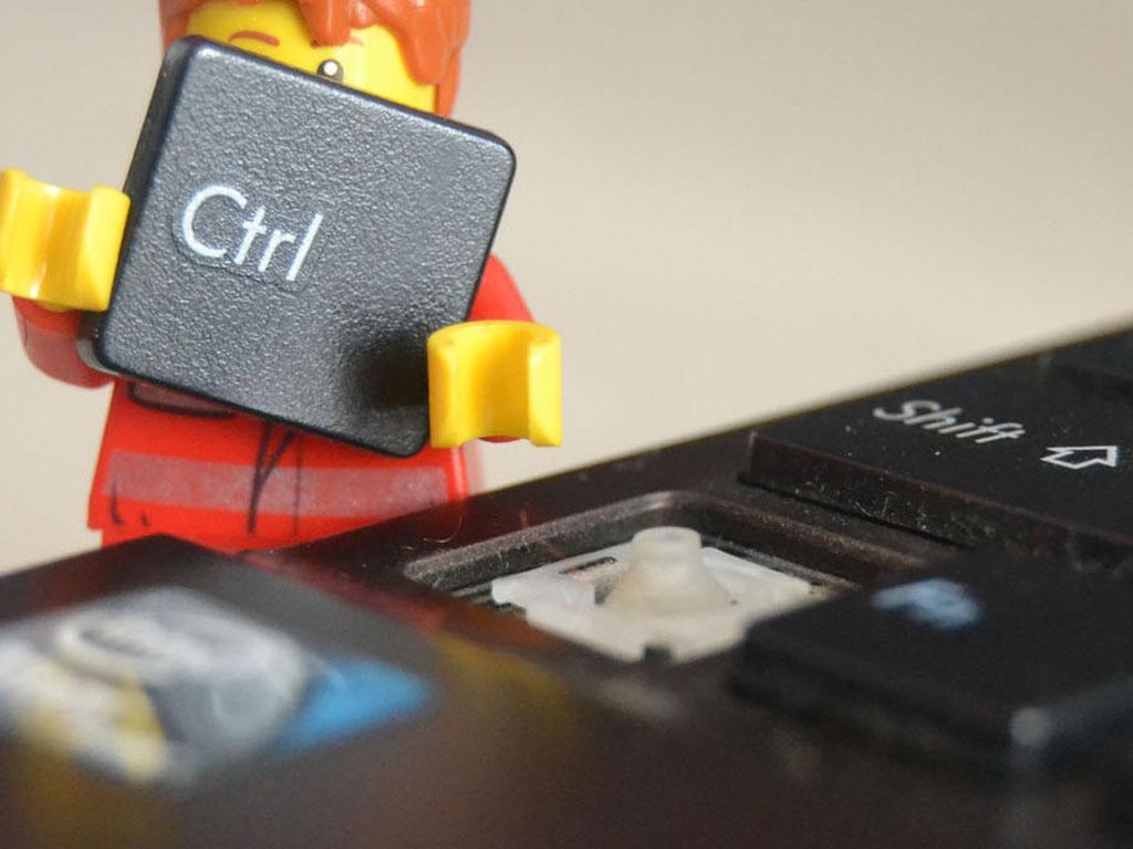 İnternet Bağımlılığı ve Alışkanlıklara Etkisi