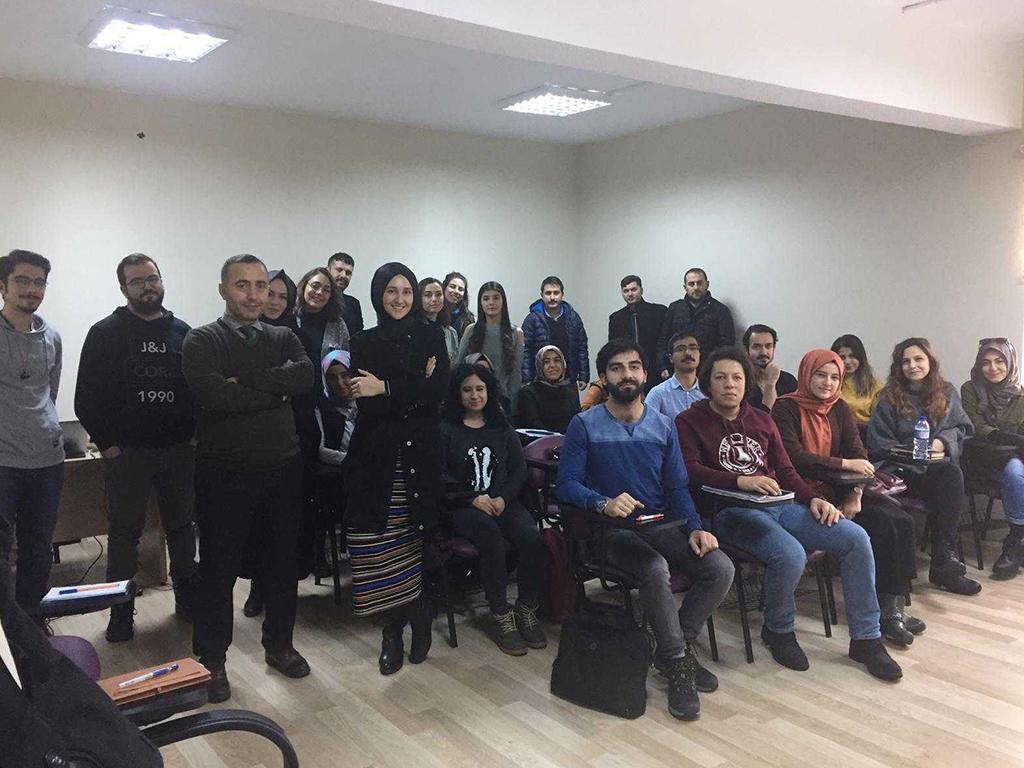 Kırıkkale Üniversitesi Bilinçli Ve Güvenli İnternet Eğitimleri