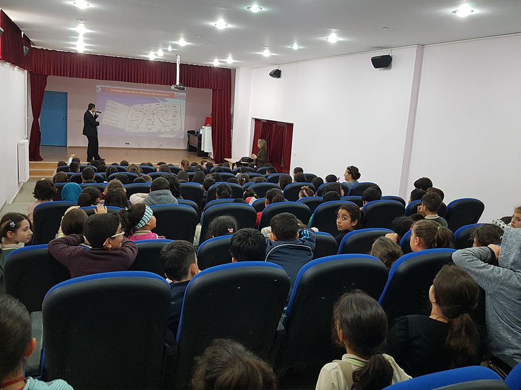 Ankara Gölbaşı Gündüz Alp İlkokulu Seminer