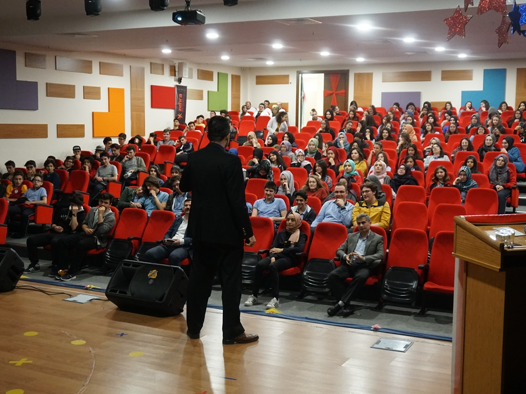 Ankara Zehra Okulları'nda Seminer