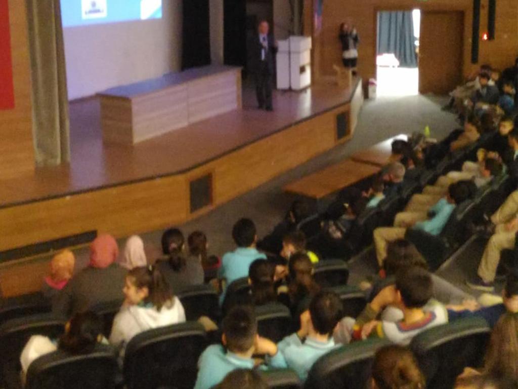 Manisa İl Milli Eğitim Müdürlüğüne Bağlı Okullarda, Bilinçli ve Güvenli İnternet Semineri