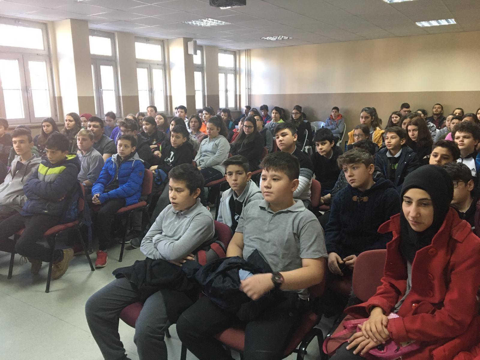 Kütahya Simav Osmanbey Ortaokulunda, Bilinçli ve Güvenli İnternet Semineri
