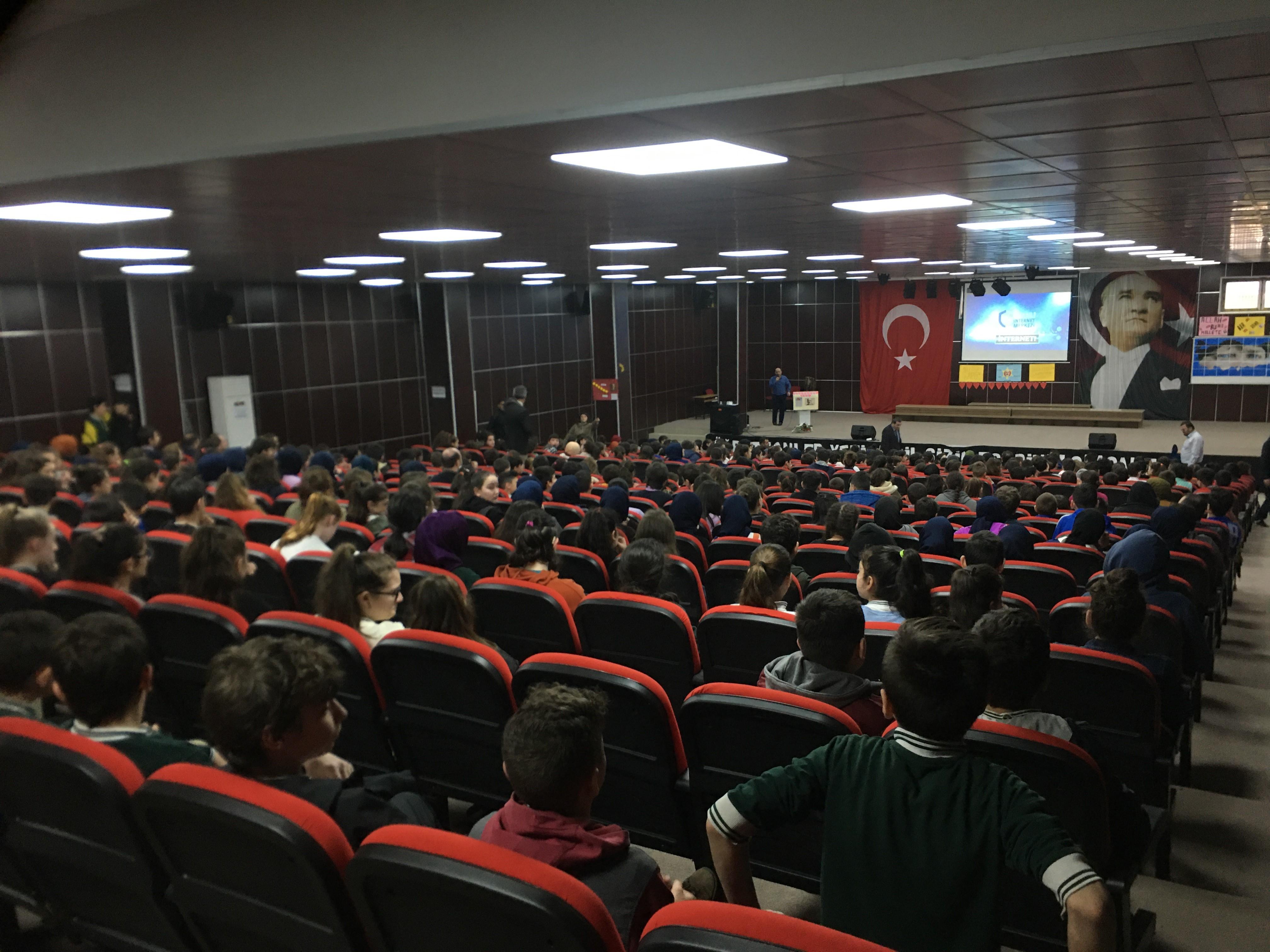 Rize, Ardeşen ve Pazar Milli Eğitim Müdürlüğüne Bağlı Ortaokullara Yönelik, Bilinçli Ve Güvenli İnternet Semineri
