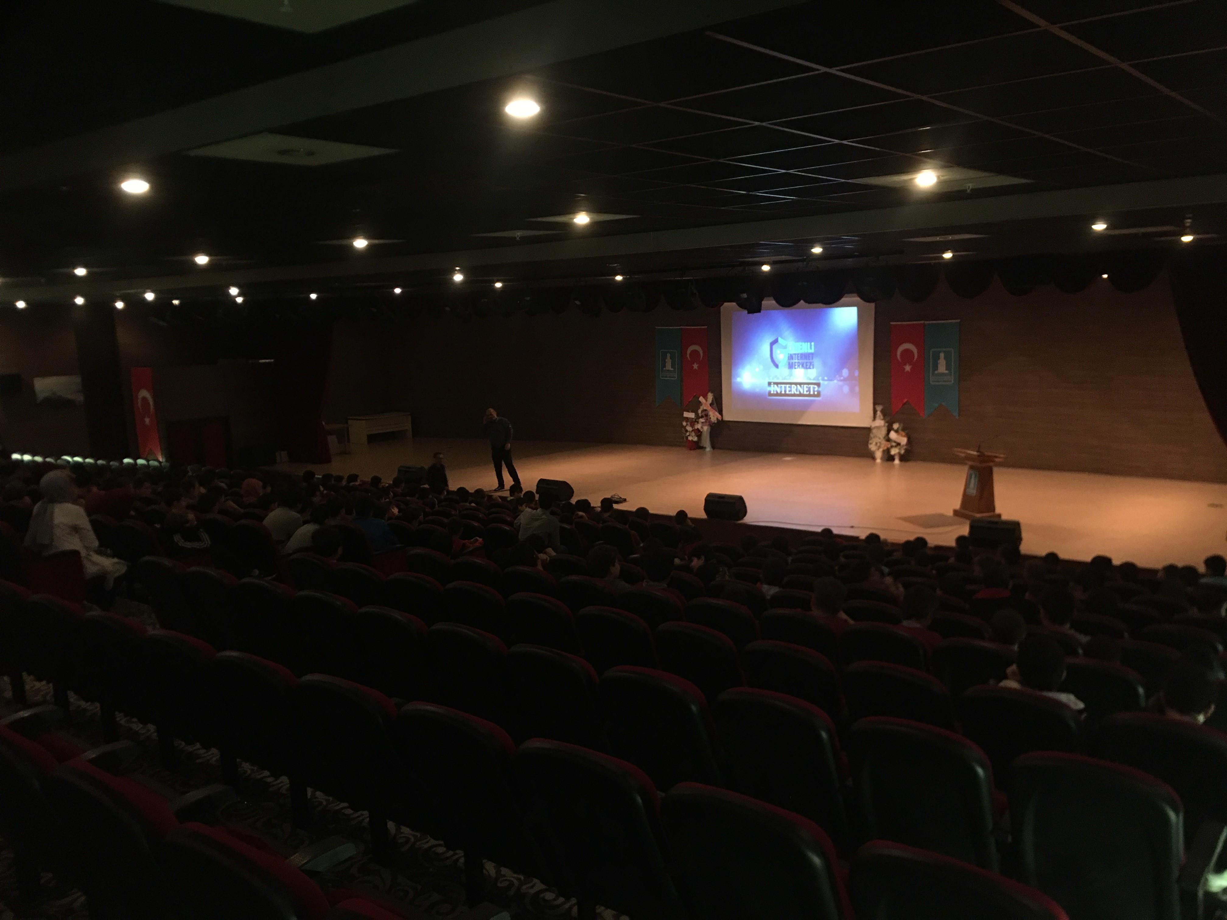 Rize, Çayeli ve Güneysu Milli Eğitim Müdürlüğüne Bağlı Ortaokullara Yönelik, Bilinçli Ve Güvenli İnternet Semineri