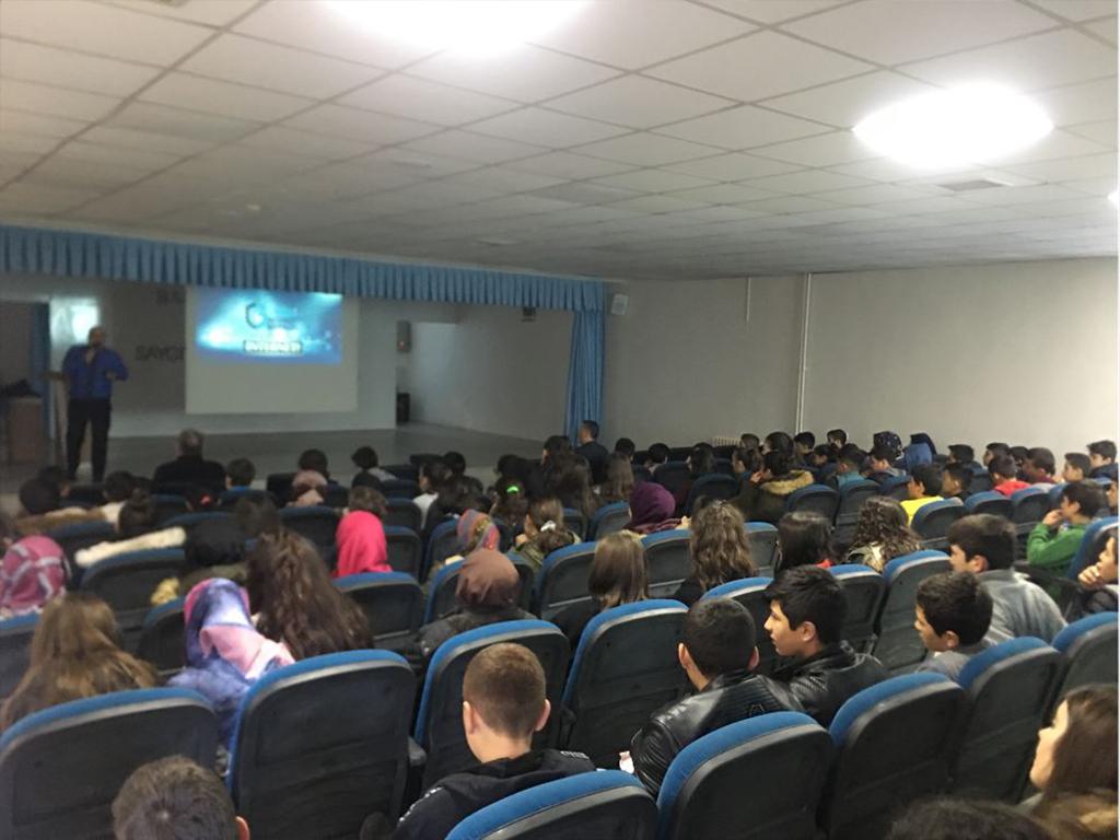 Tokat Atatürk Ortaokulunda, Bilinçli Ve Güvenli İnternet Semineri