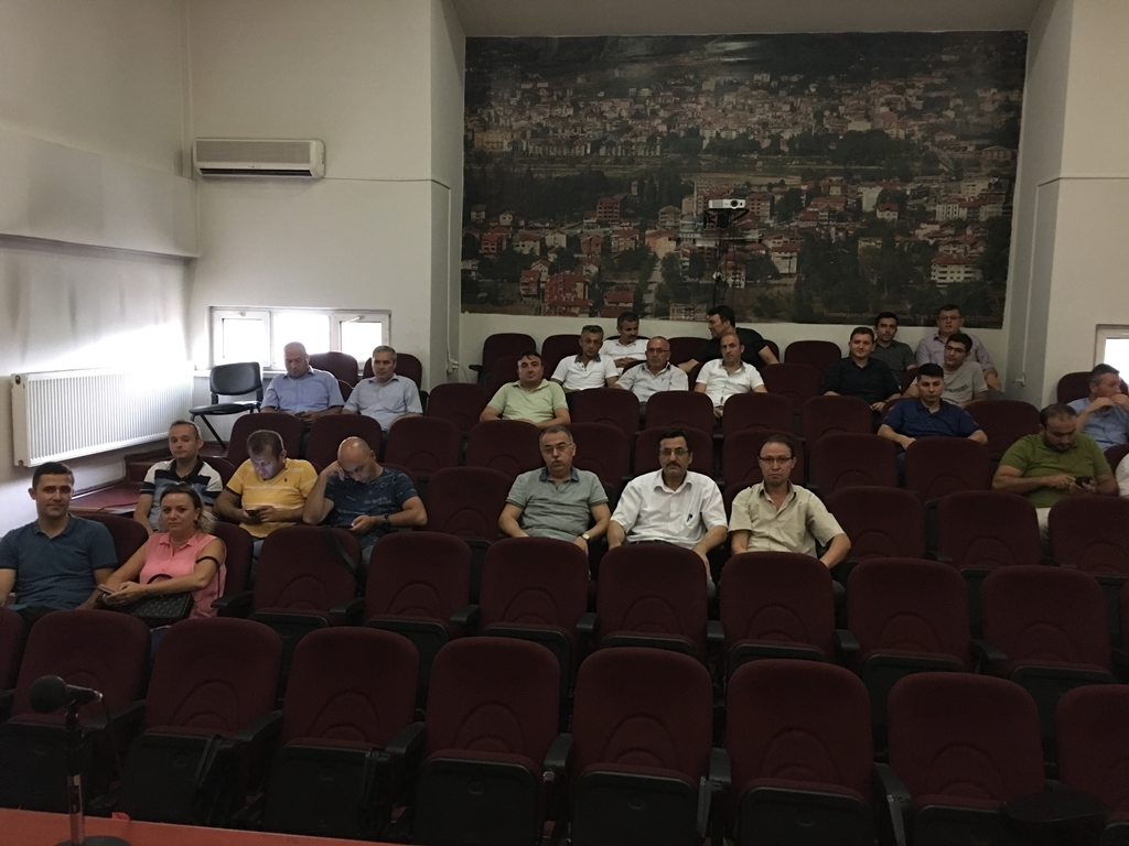 Zonguldak Çaycuma Kaymakamlığında Bilinçli ve Güvenli İnternet Semineri