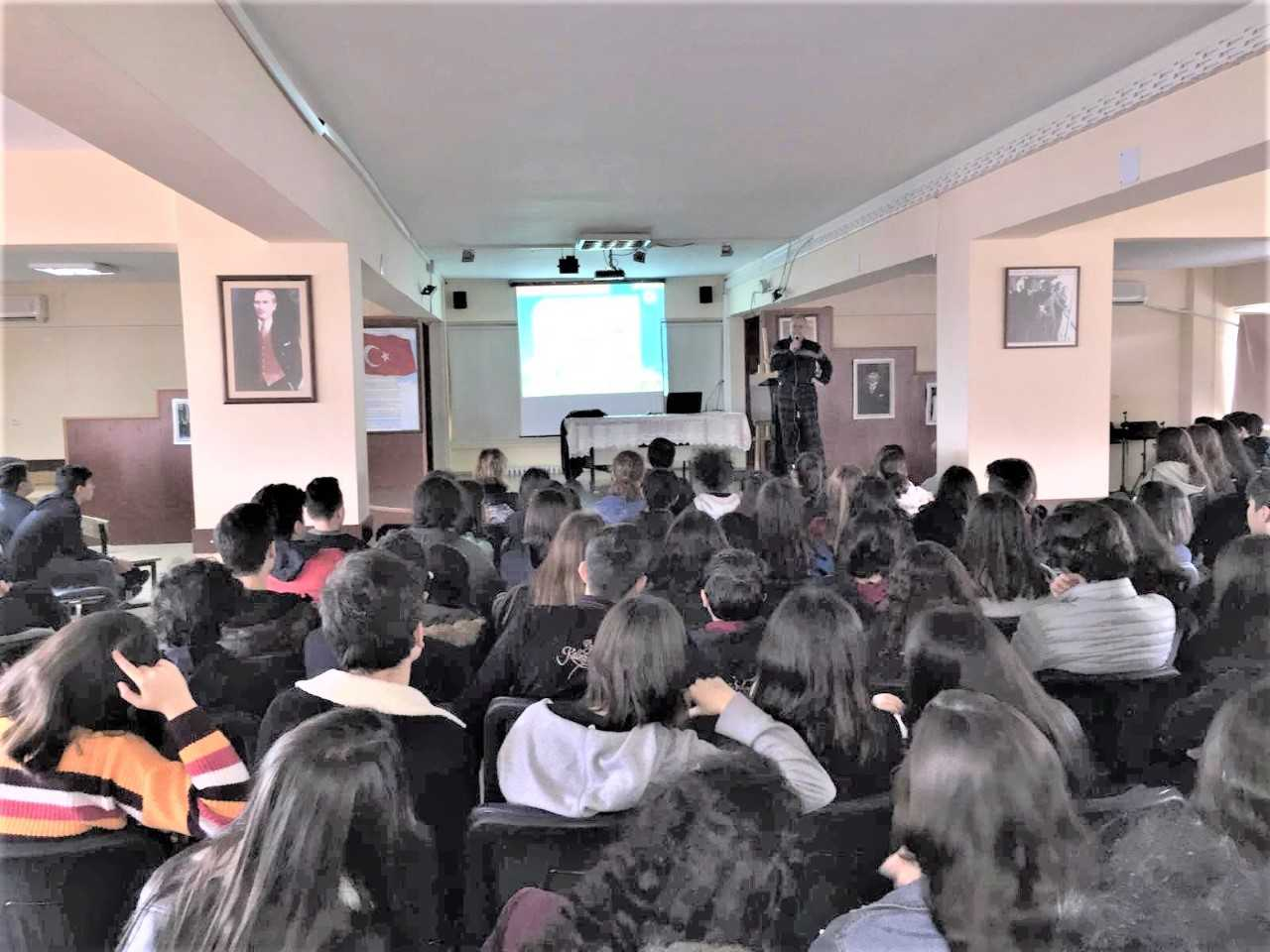 Mersin Mezitli Yusuf Kalkavan Anadolu Lisesi, Bilinçli Ve Güvenli İnternet Semineri