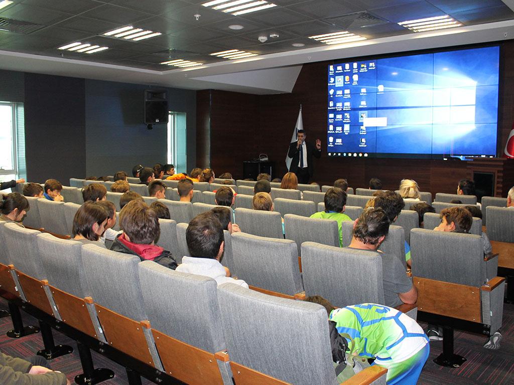 BTK Merkez Binada Bilinçli ve Güvenli İnternet Semineri