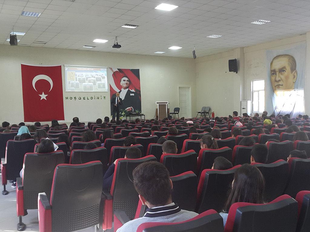 Uşak Sivaslı İlçe Milli Eğitim Müdürülüğü Bünyesinde Ortaokullara Seminer