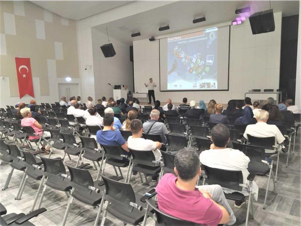 Mersin Şehir Hastanesin'de Bilinçli Ve Güvenli İnternet Semineri