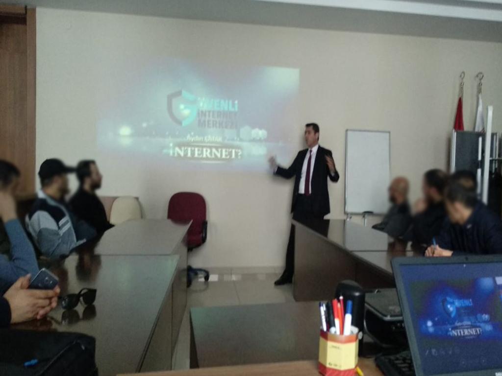 Ankara Sincan Batı Adliyesinde, Bilinçli Ve Güvenli İnternet Semineri
