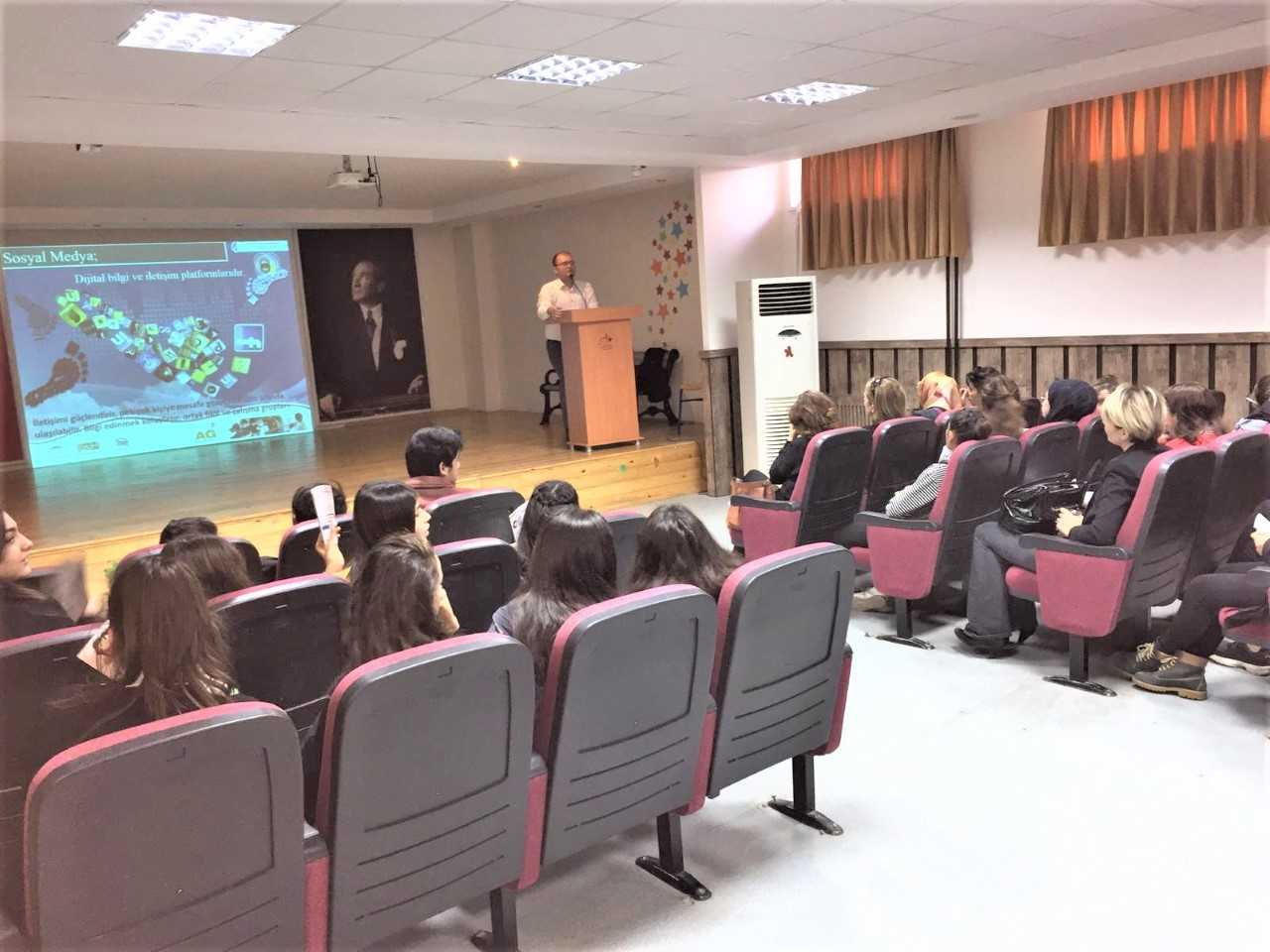 Mersin Mezitli  Fatma Aliye Mesleki ve Teknik Anadolu Lisesi, Bilinçli Ve Güvenli İnternet Semineri