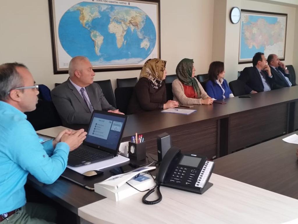 Sinop Boyabat Kaymakamlığında Bilinçli ve Güvenli İnternet Semineri