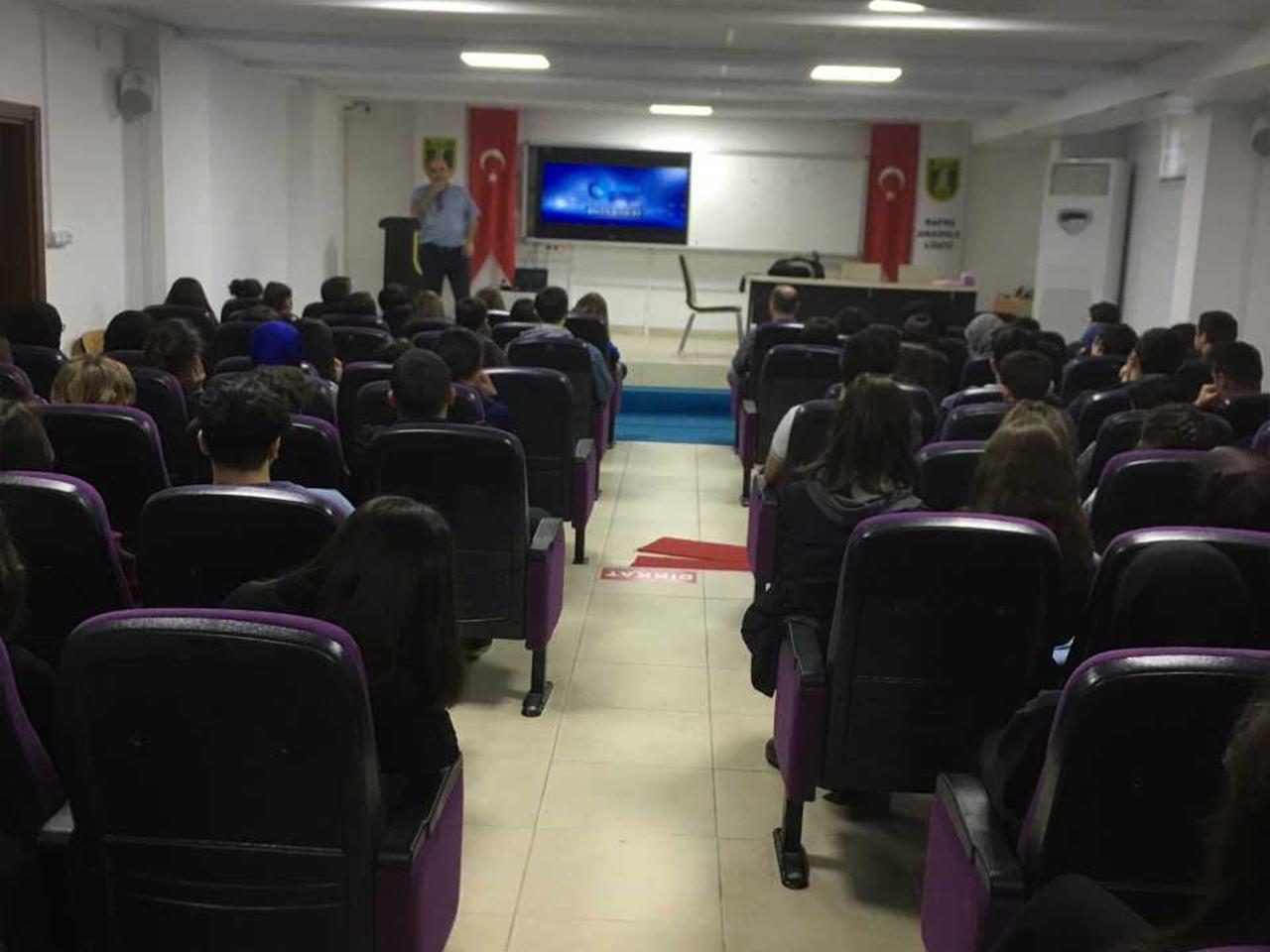Samsun Bafra Anadolu Lisesinde, Bilinçli Ve Güvenli İnternet Semineri
