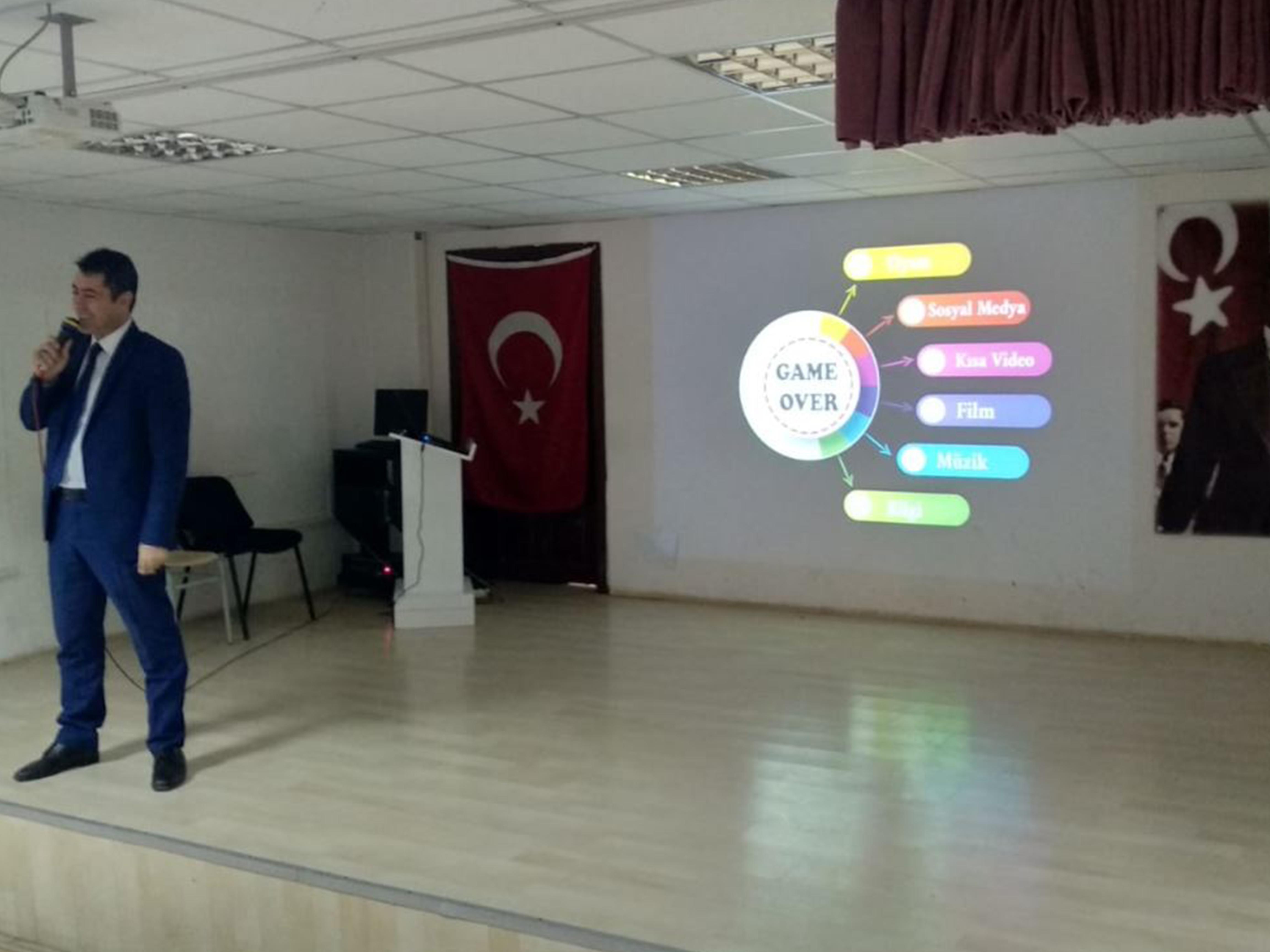 Ankara Altındağ Ahmet Yesevi Mesleki Teknik Anadolu Lisesi, Bilinçli Ve Güvenli İnternet Semineri