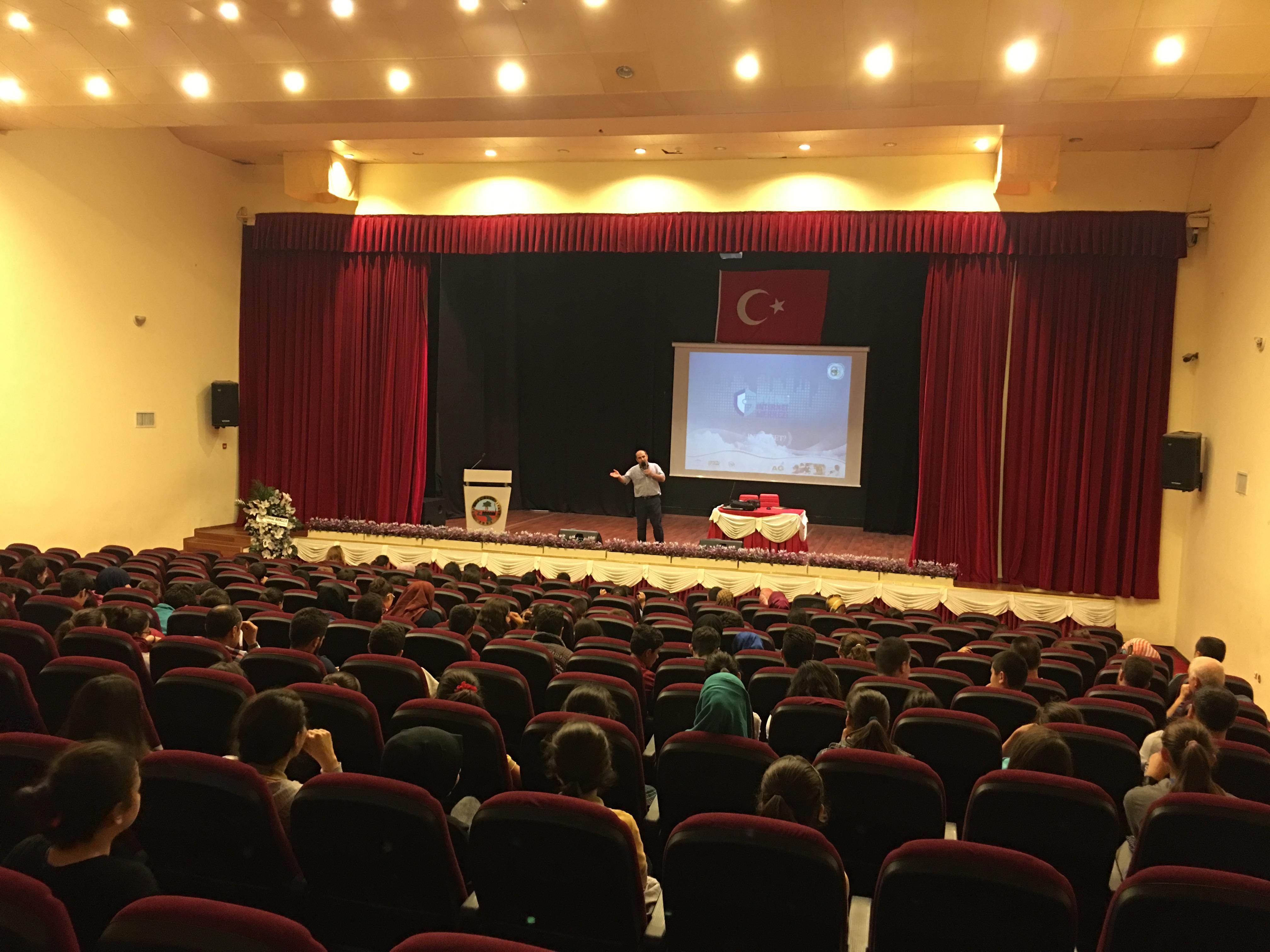 Tokat Turhal Ortaokul ve Liseler İçin, Bilinçli ve Güvenli İnternet Semineri