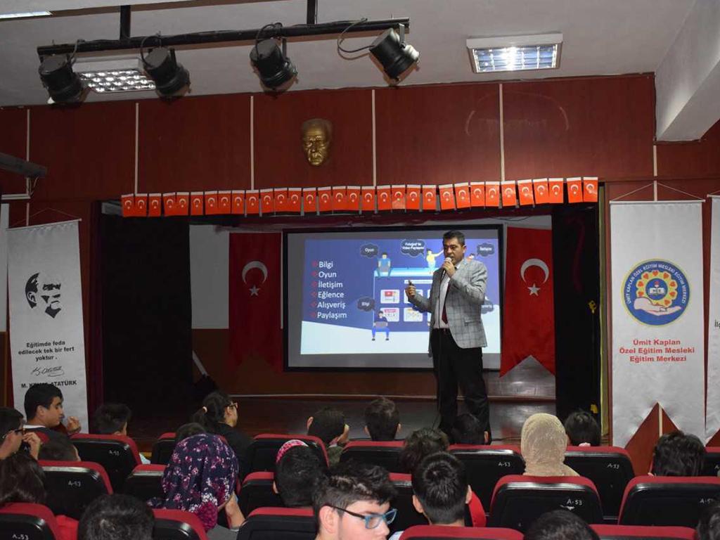 Ankara Yenimahalle Ümit Kaplan Özel Eğitim Meslek Okulunda, Bilinçli Ve Güvenli İnternet Semineri