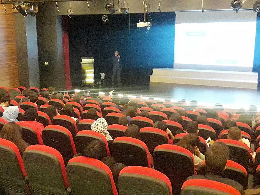 Diyarbakır Özel Yediiklim Okulları'nda Bilinçli ve Güvenli İnternet Semineri