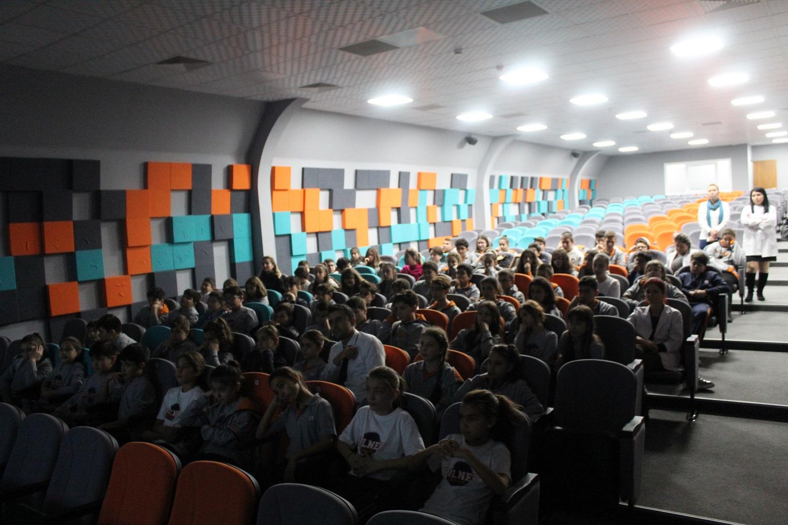 İzmir Bornova Bilnet Ortaöğretim, Bilinçli ve Güvenli İnternet Semineri