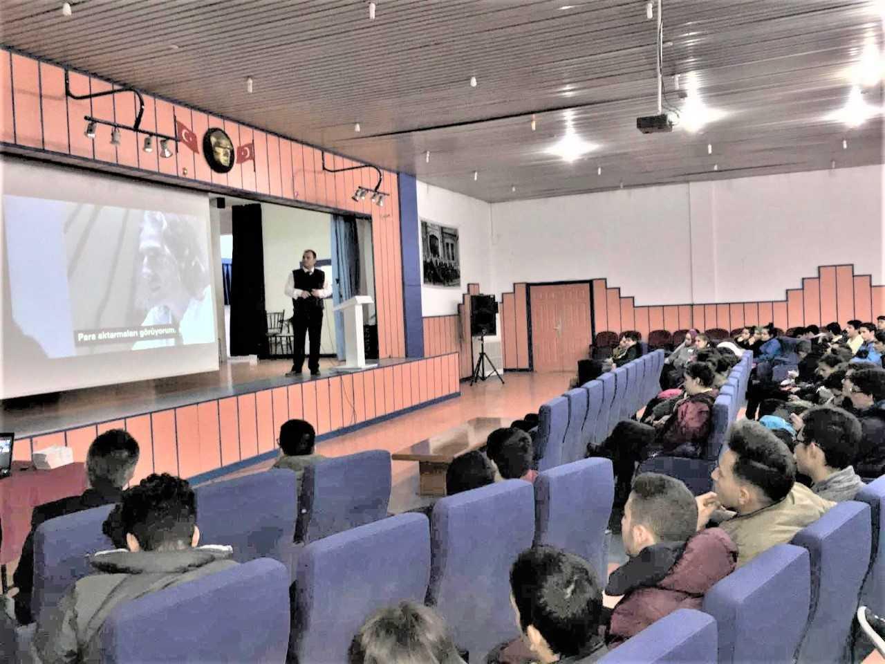 Mersin Yenişehir  Şevket Pozcu Anadolu Lisesi, Bilinçli Ve Güvenli İnternet Semineri