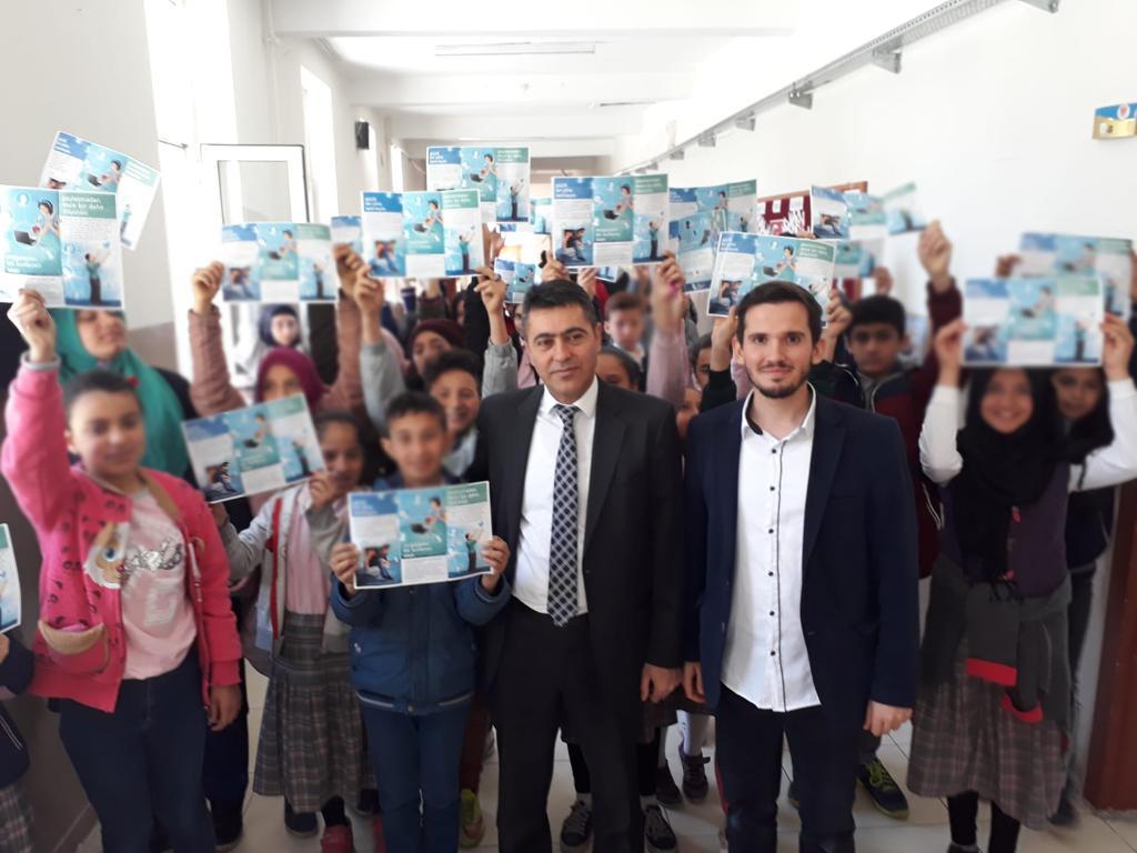 Ankara Çankaya İncesu Şehit Sultan Selim Karakoç imam Hatip Ortaokulunda, Bilinçli Ve Güvenli İnternet Semineri