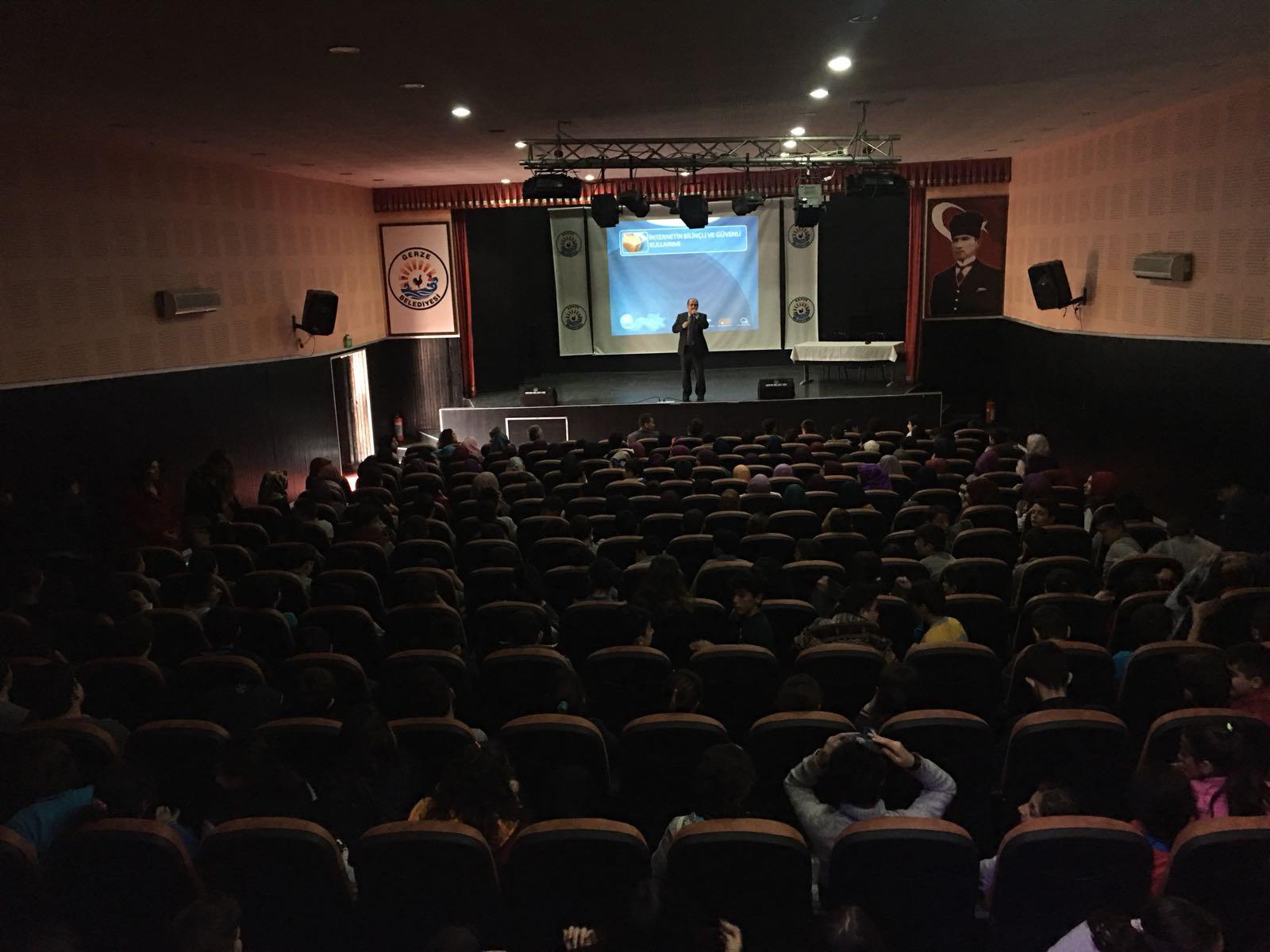 Sinop Gerze - Haşim ve Zehra Tarı Ortaokulu, Bilinçli ve Güvenli İnternet Semineri