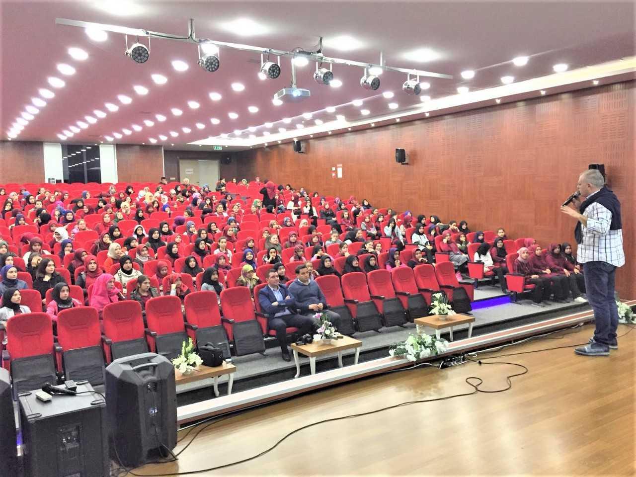 Mersin Erdemli, Erdemli 15 Temmuz Şehitleri İmam Hatip Ortaokulu, Bilinçli Ve Güvenli İnternet Semineri