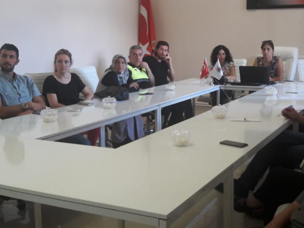 Sinop Ayancık Kaymakamlığı'nda Bilgi Güvenliği ve İnternetin Bilinçli Kullanımı Eğitimi